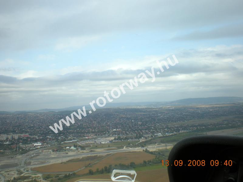 A reptér felett